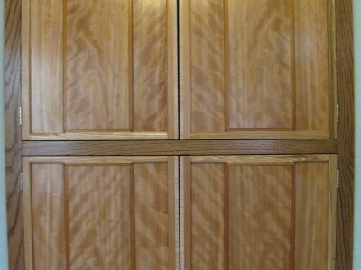 Custom 4-door corner cabinet - closed view